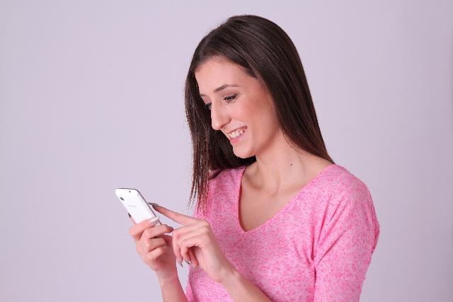 無料も有料もフェイスブックを利用した婚活アプリを試してみました(30代・女性)