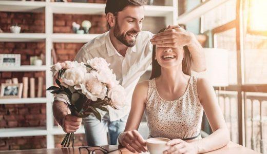 脈あり男性を見抜く会話や行動の特徴は?